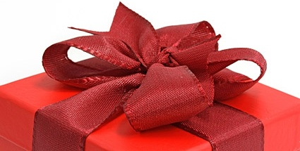 partial_picture_of_the_red_gift_box_170099